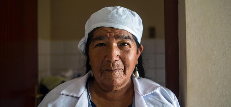Traditionel behandler på et hospital i Chuquisaca. Billede fra Lise Hermansens webdokumentar